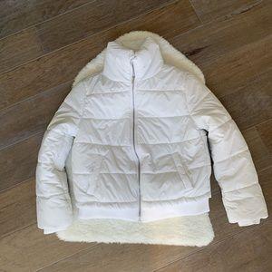 FOREVER21 white cropped puffer coat medium NWT